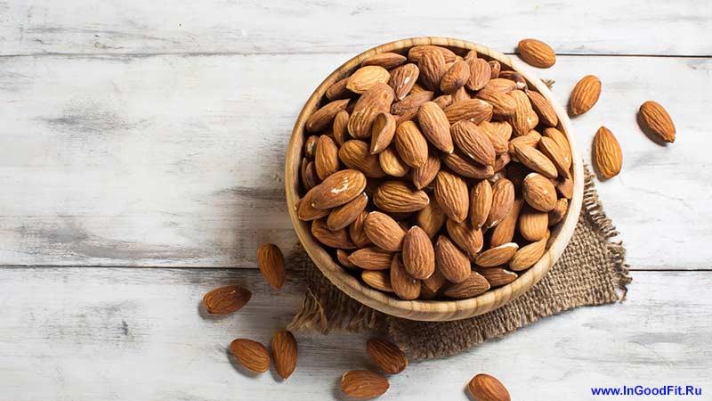 продукты средиземноморской диеты. орехи