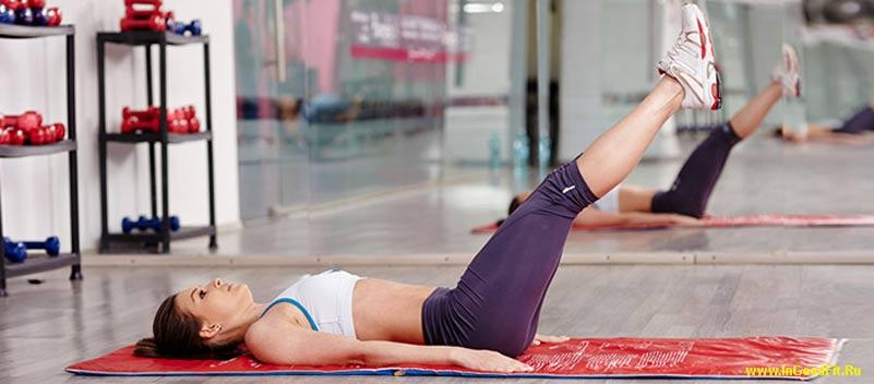 эффективные упражнения для пресса. махи ногами