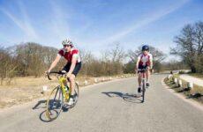 5 преимуществ езды на велосипеде по сравнению с занятиями на велотренажере